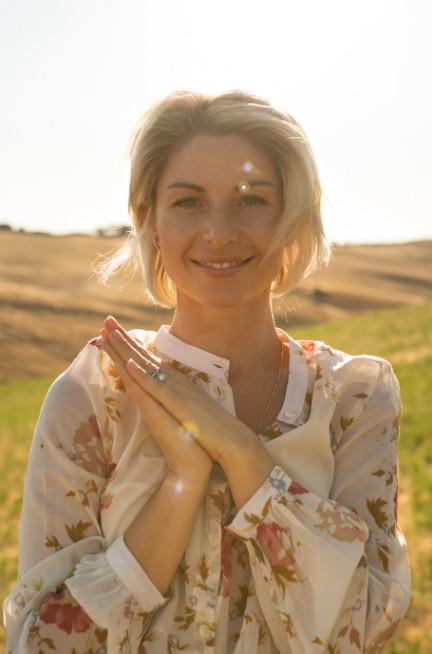 https://blissbodyjourneys.com/wp-content/uploads/2021/07/Vlada-Photo.jpg